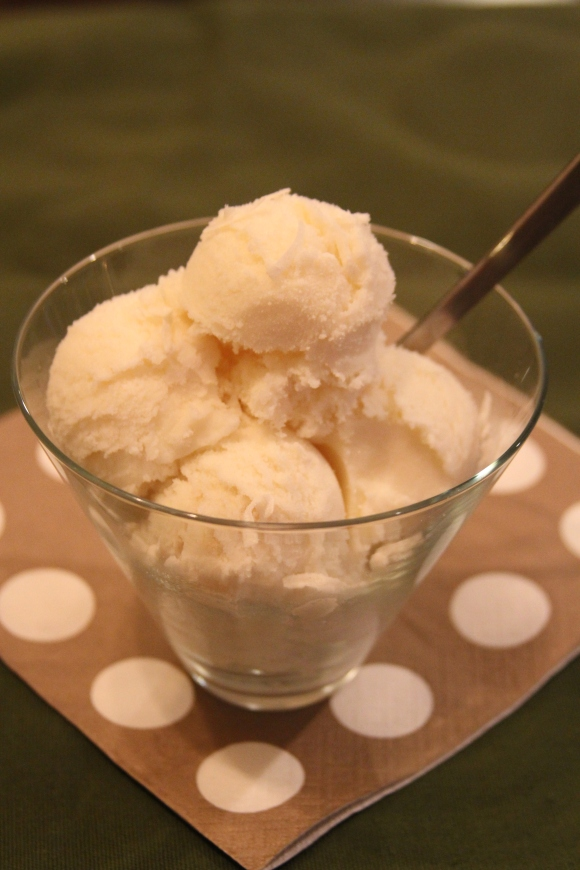 Rum-Macadamia Ice Cream