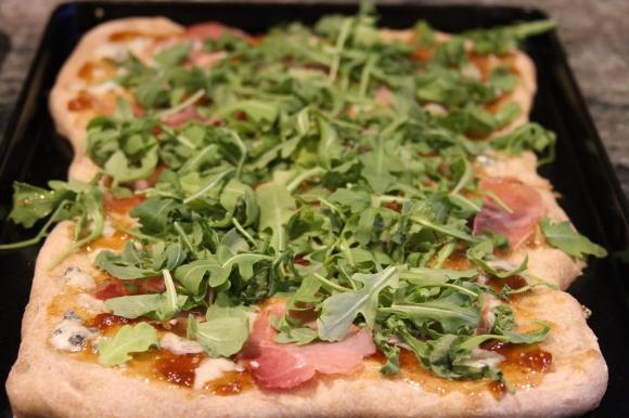 Fig Arugula Pizza