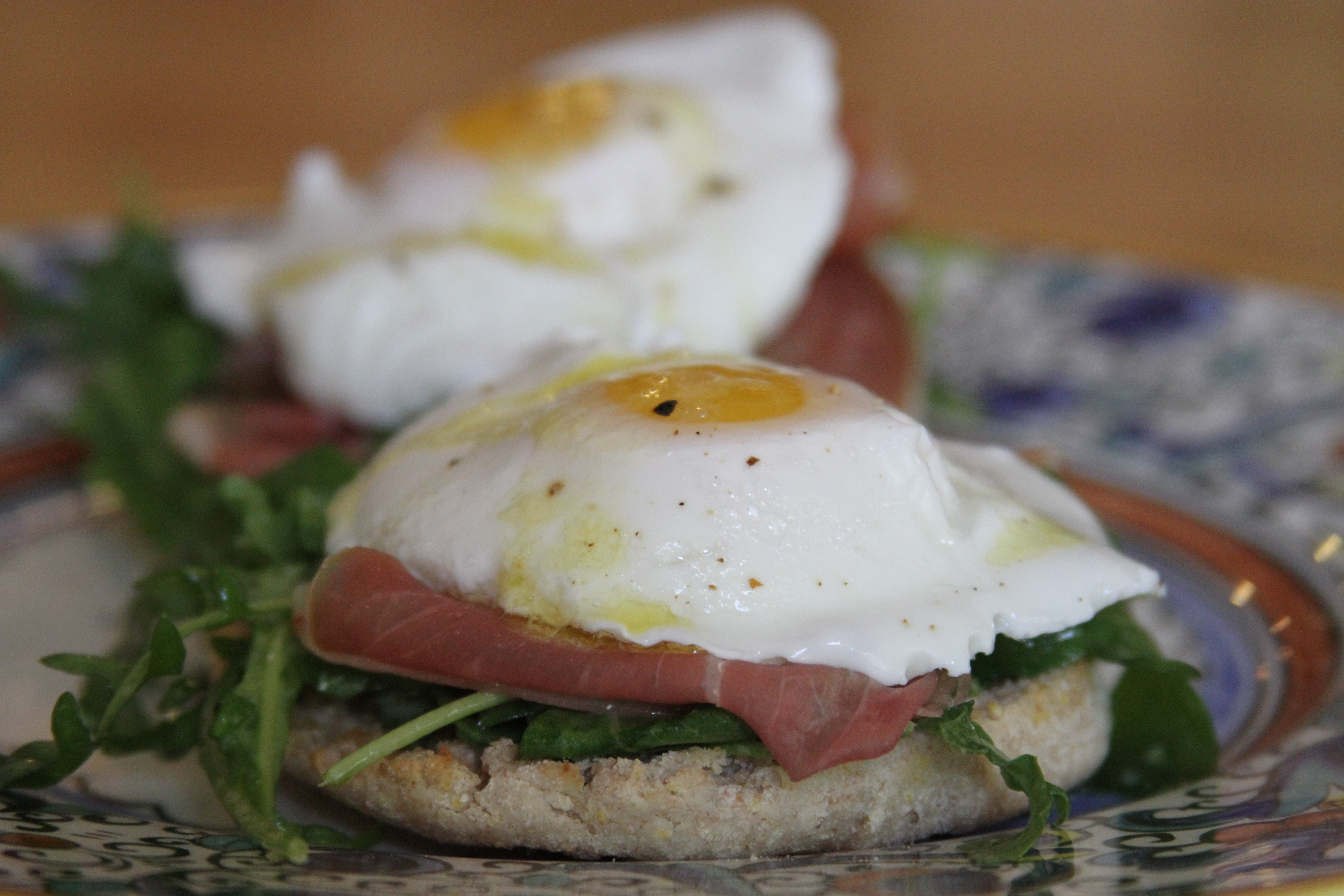 Healthy Eggs Benedict – Laundry In Louboutins